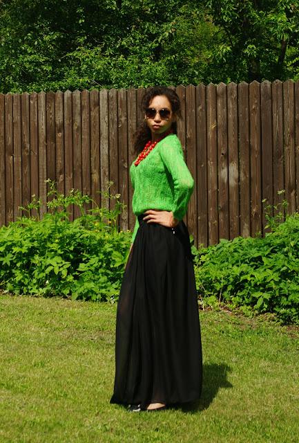 Black maxi skirt and green jumper