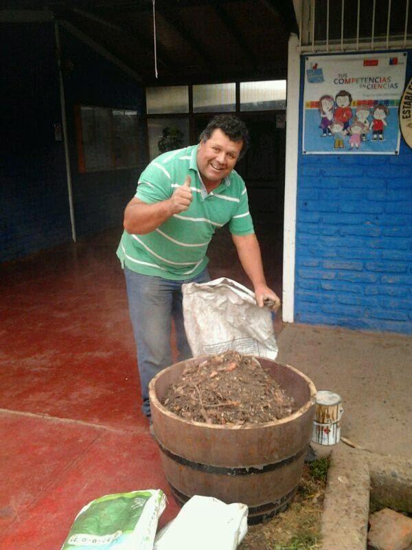 https://www.facebook.com/escuelasanantonio.naltagua/media_set?set=a.471677582964603.1073741865.100003670972648&type=1