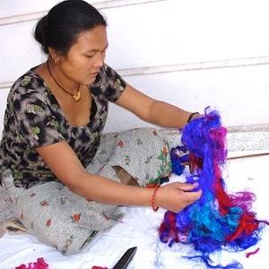 met hand mengen van kleuren