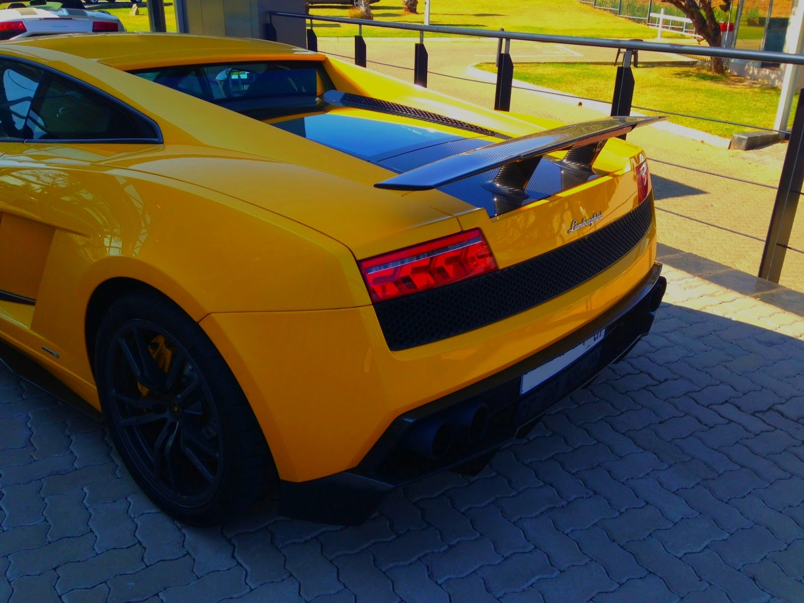 when you decide to put it into sport mode and give it the beans the gear change is sublime and not because it changes fractionally faster than the standard - Lamborghini Gallardo Superleggera Lp570 4 Yellow