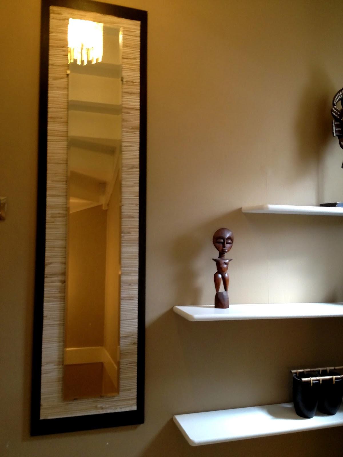 Dressing sous pente avec rideaux et autres déco: histoire de couloir