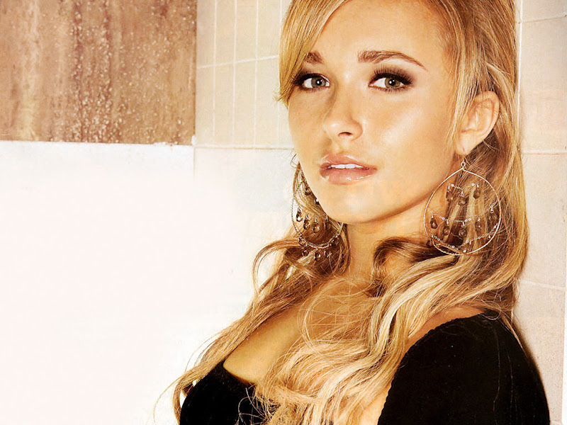 Hayden Panettiere Wiki and Pics title=
