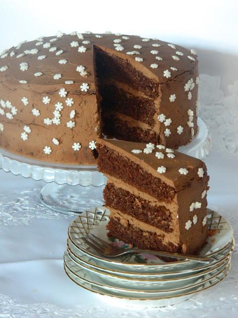 Tort aromat cu crema de branza si ciocolata