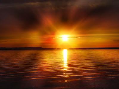 Foto Sol en el horizonte