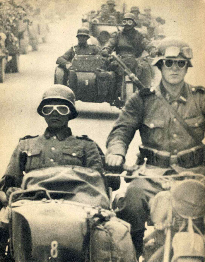 Motoblogn The Motorcycle At War Waffen Ss In The West 1940