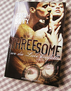 http://www.amazon.de/Threesome-Wo-die-Liebe-hinf%C3%A4llt-ebook/dp/B0142L9K12/ref=sr_1_1?ie=UTF8&qid=1444510600&sr=8-1&keywords=threesome