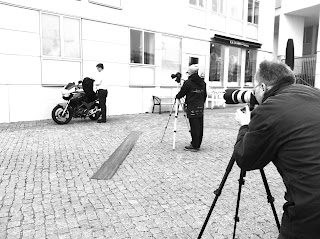 go off the motorbike and take off the equipment, kori back protector movie shooting in malmö