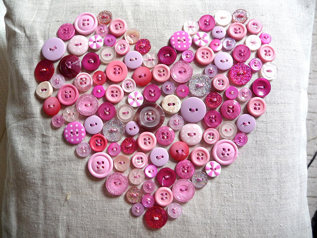 Delorme Designs Buttons Buttons Everywhere