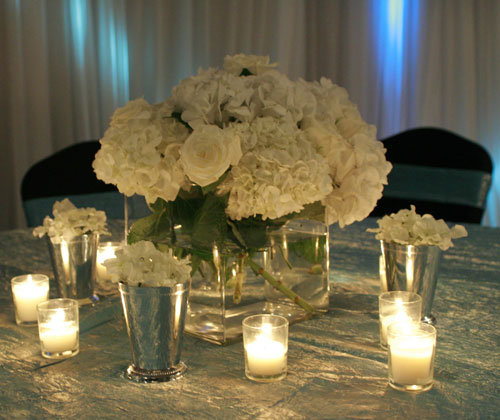 Wedding preparation white wedding flower centerpieces white wedding flower centerpieces mightylinksfo