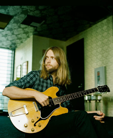 m rmons famosos james valentine guitarrista do maroon 5. Black Bedroom Furniture Sets. Home Design Ideas