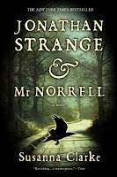 Paperback book cover of Jonathan Strange & Mr Norrell by Susanna Clarke