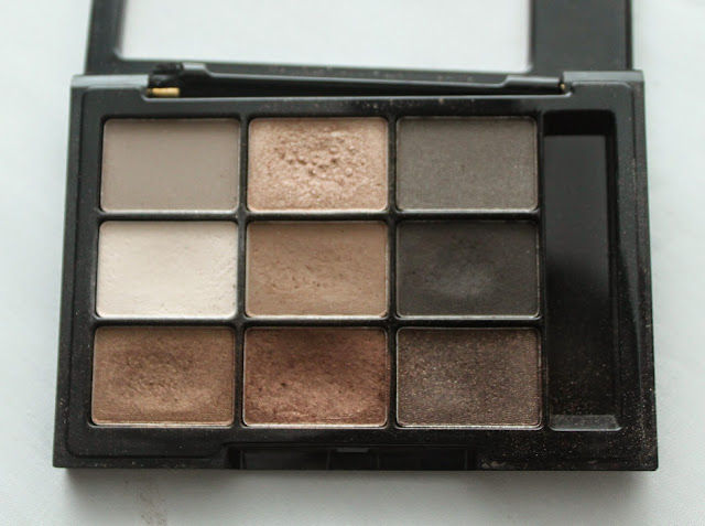 NYX Eye Shadow Palette in Parisian Chic