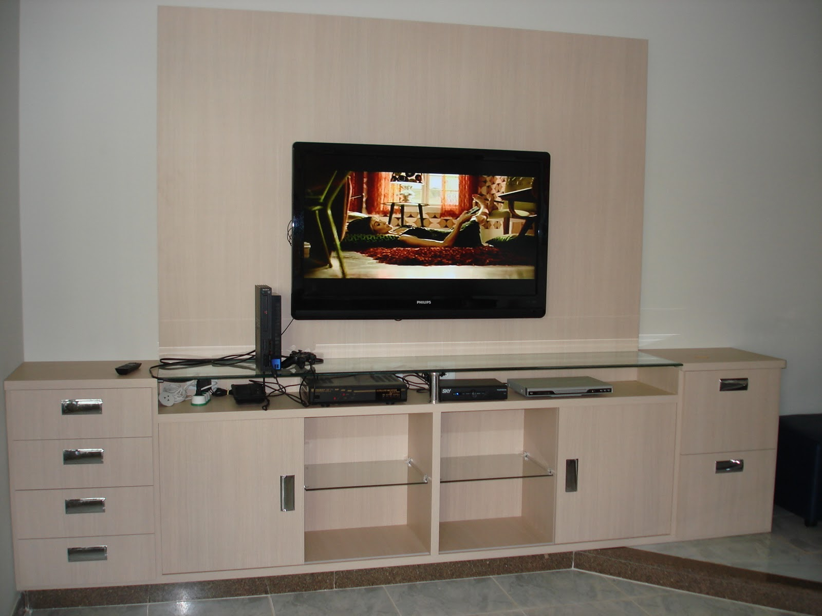 Armario Oriental Barato ~ Marcenaria Taiobeiras LTDA Painel com aparador para TV