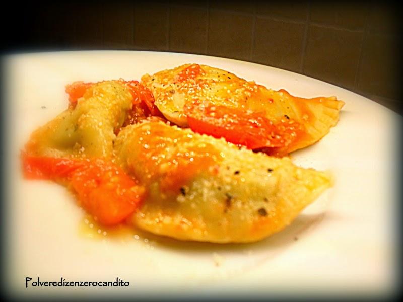 mezzelune di patate e cime di rapa con alici pomodori e peperoncino