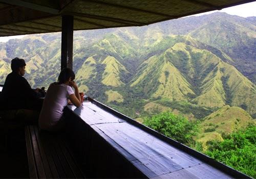 http://kirikananjalan.blogspot.com/2013/12/gunung-nona-bumi-enrekang-keindahan-alam-di-makassar.html