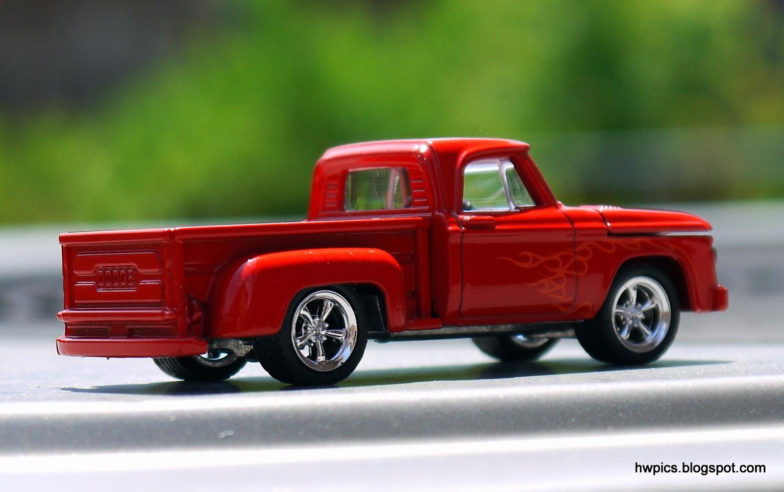Mytoycars!: Greenlight 1965 Dodge D-100 pickup