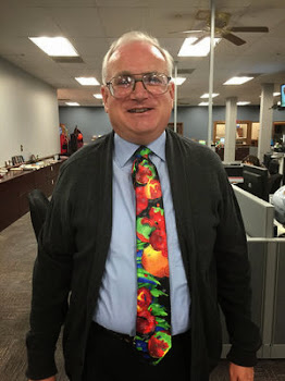 Post Star's Maury Thompson Sports a Bright Tie