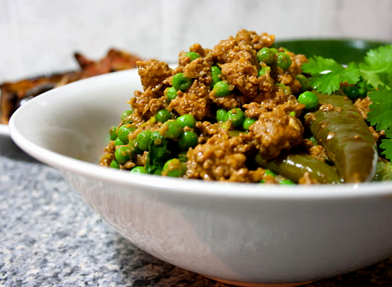 hungry tummies: Kheema Matar, Spiced Minced Lamb With Peas