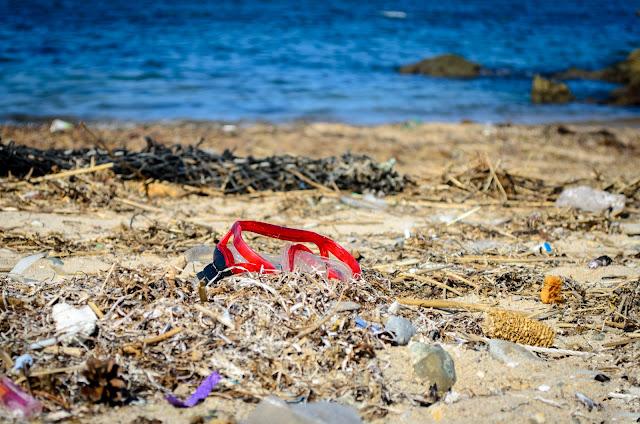 Trash Pohang South Korea Beach