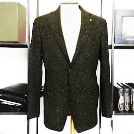 BLVDier made to measure sports coat in Italian fabric.
