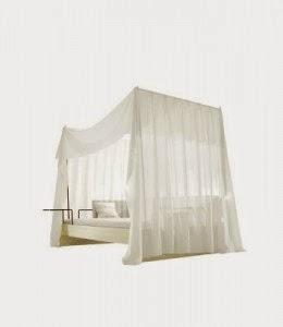 Maria Magdalena Canopy Bed