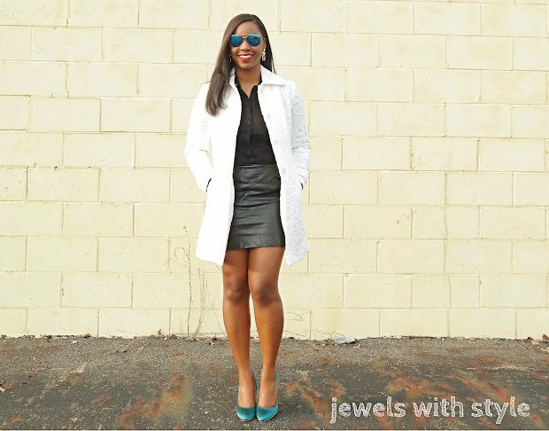 spring shoes, black and white outfit ideas, teal heels, green heels, missguided heels, white trench coat, jewels with style, black fashion blogger, leather mini skirt, black and white outfit, discount shoe stores, online shopping for shoes