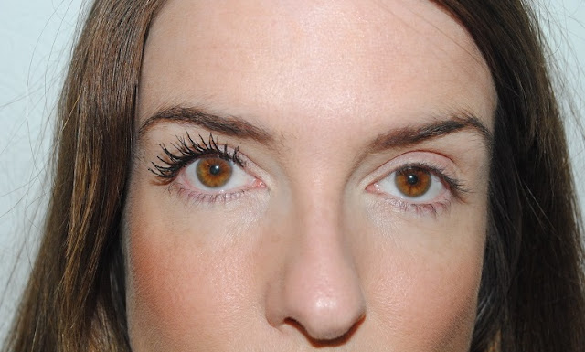 rimmel+lash+accelerator+endless+mascara+review+2+coats