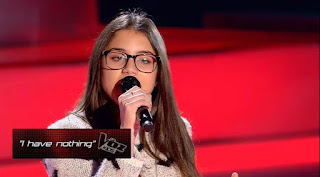 Beatriz canta I Have Nothing de Whitney la voz kids