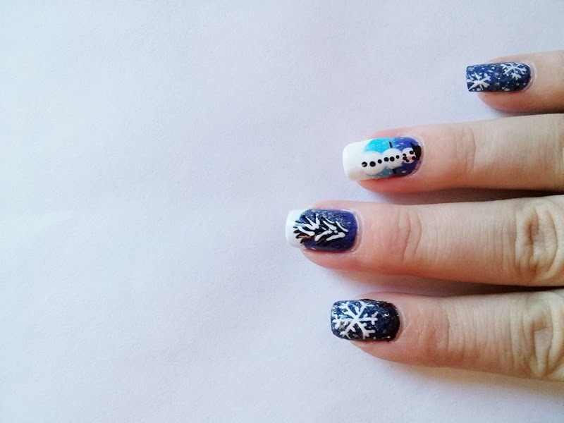 Winter snowflake Nails Matching Manicure