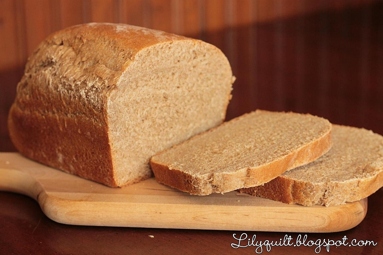 Lilyquilt: Honey Wheat Sandwich Bread