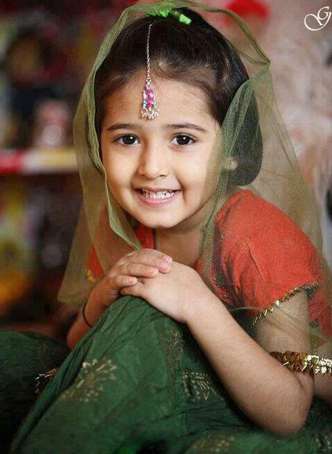 Gambar anak kecil cantik dari india