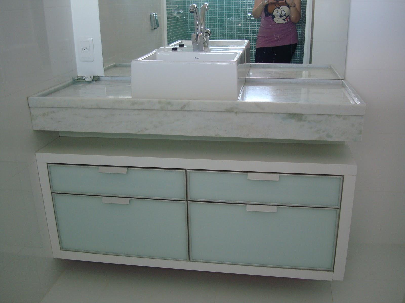 casinha da Dani e do João: Muro aterro banheiros social e suíte #4B6B69 1600x1200 Balcão Banheiro São João
