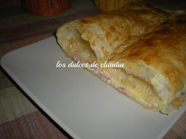 Empanada de jamon y quewo