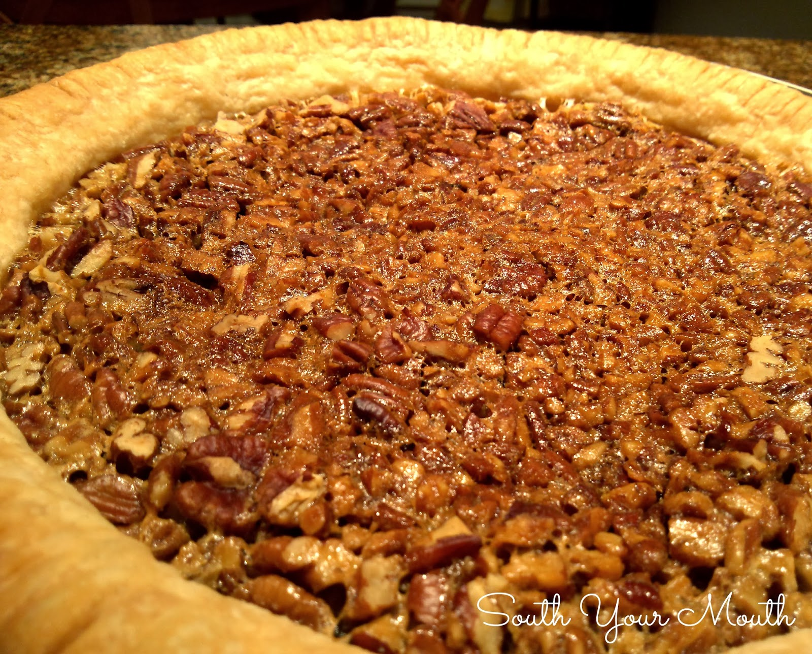Southern Pecan Pie Recipe Images & Pictures - Becuo