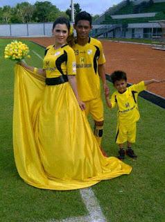 foto perkawinan ana supriatna