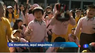 """""""De momento, aquí seguimos"""". Telediario TVE"""