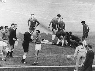 Sejarah Kartu Kuning dan Kartu Merah Dalam Sepak Bola