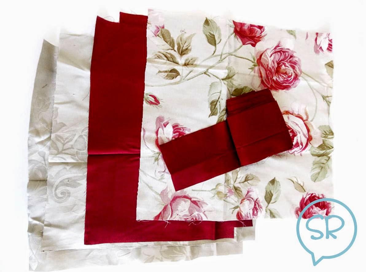 due quadrati di stoffa per il cuscino vero e proprio che avr le ...