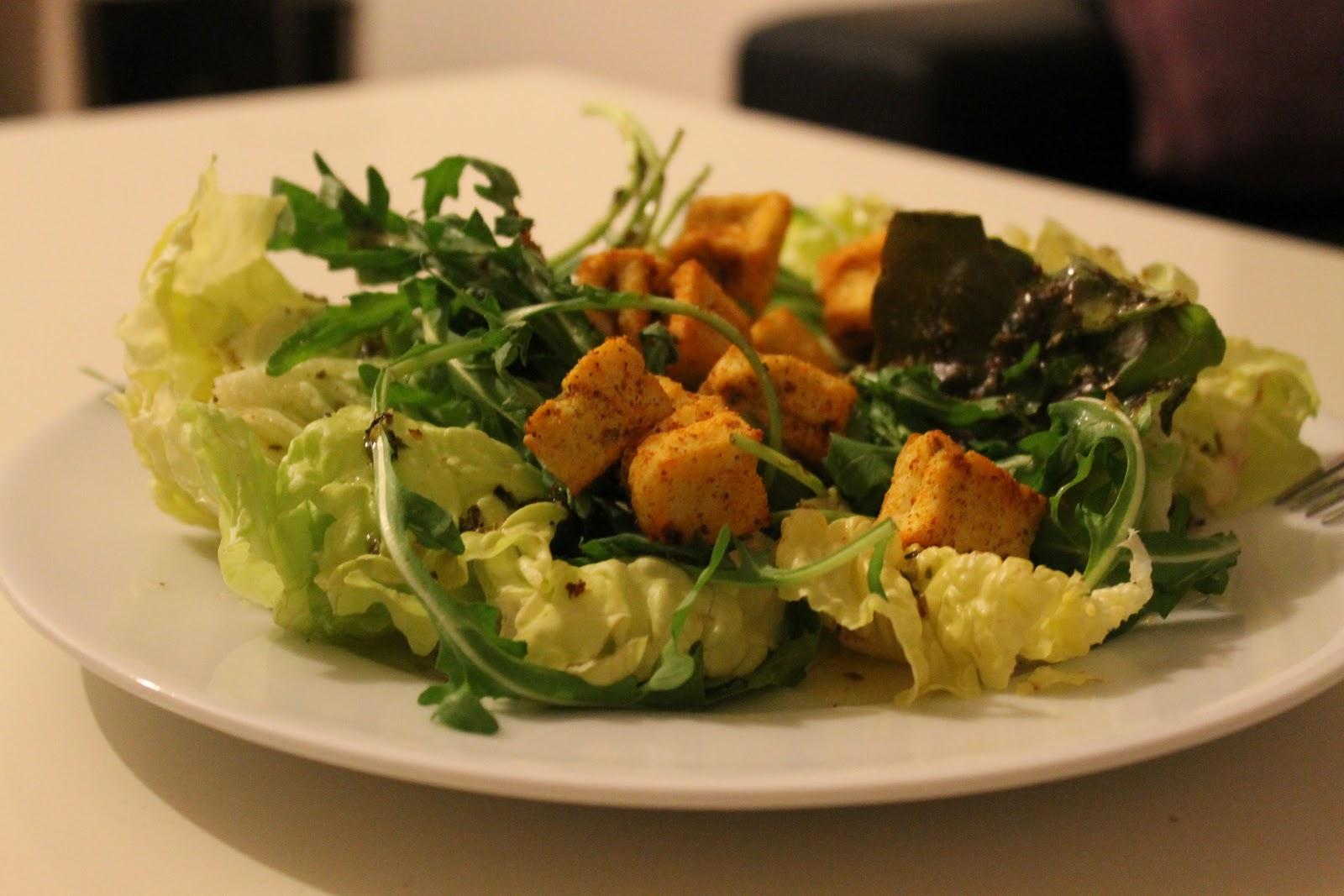 frau saltimbocca l denscheidt salat mit gepufftem tofu. Black Bedroom Furniture Sets. Home Design Ideas