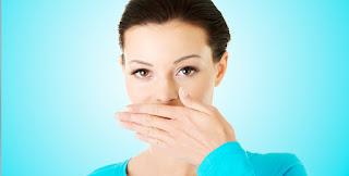 3 passos para eliminar o mau hálito
