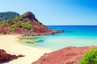 Disfruta de la naturaleza en Menorca