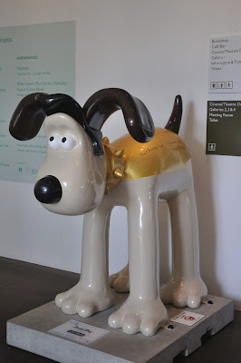 Hound Dog Gromit (side view)