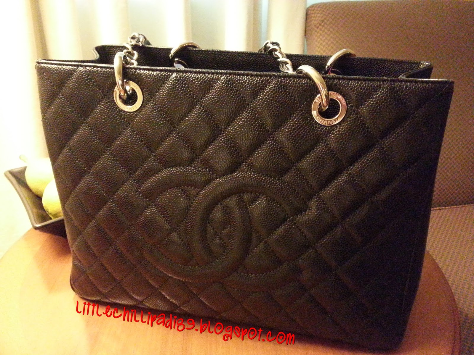 b51fbbe46c4c littlechillipadi  Review of Chanel GST(Grand Shopping Tote)