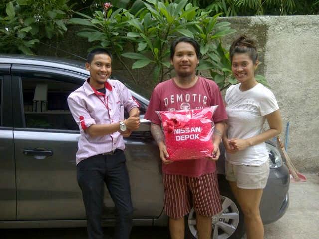 Terimakasih atas kepercayaan Kak Perry+Kak Shella yang telah membeli Grand Livina CVT melalui media www.touchnissan.com.  Semoga Berkah ya Kak...