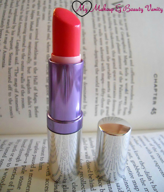 Colorbar Creme Touch Lipstick in Passionate 006+Colorbar Creme Touch Lipstick