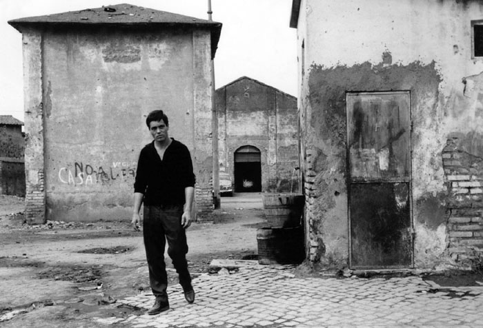 italian neorealism essay It is evident that italian neorealism and the life of post-war shaped desisa's film bicycle thieves (1948) however, with much debate, one.