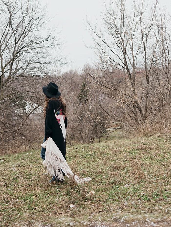 Skull-cardigan-kimono-fedora-gypset