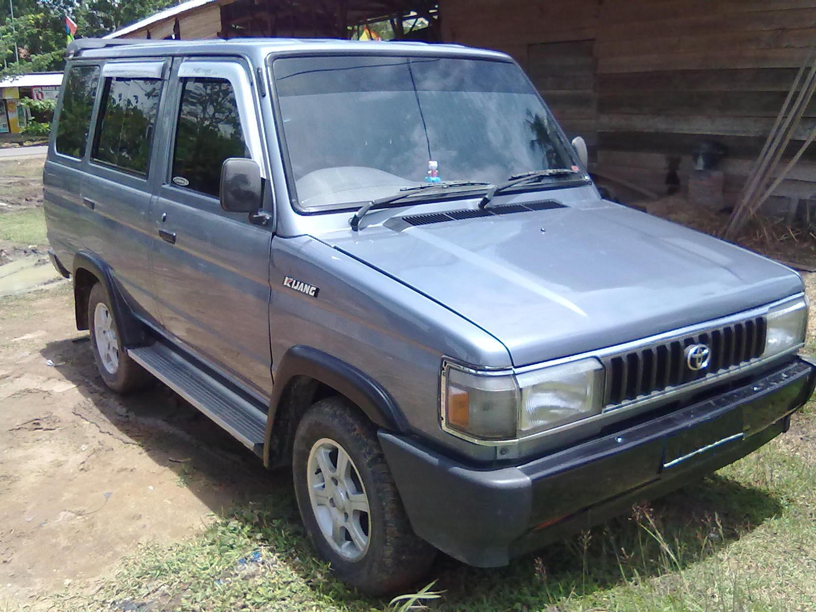 jualano: mobil toyota kijang grand extra tahun 1997