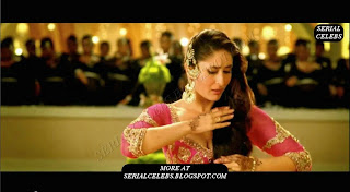 kareena hot show in red dress