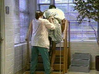 hôpital, physiothérapie, physiothérapeute, escalier, mobilité réduite, handicap